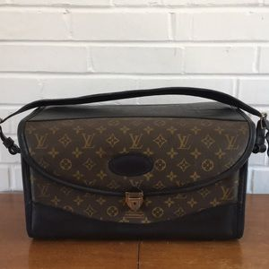 Vintage Louis Vuitton 4 Saks Cosmetic Travel Case
